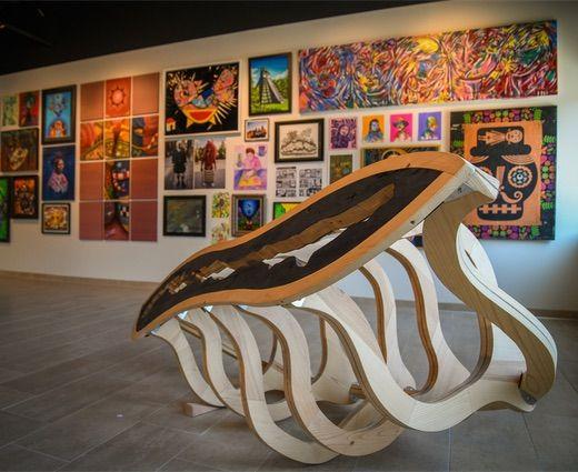 latino-clues-art-gallery1